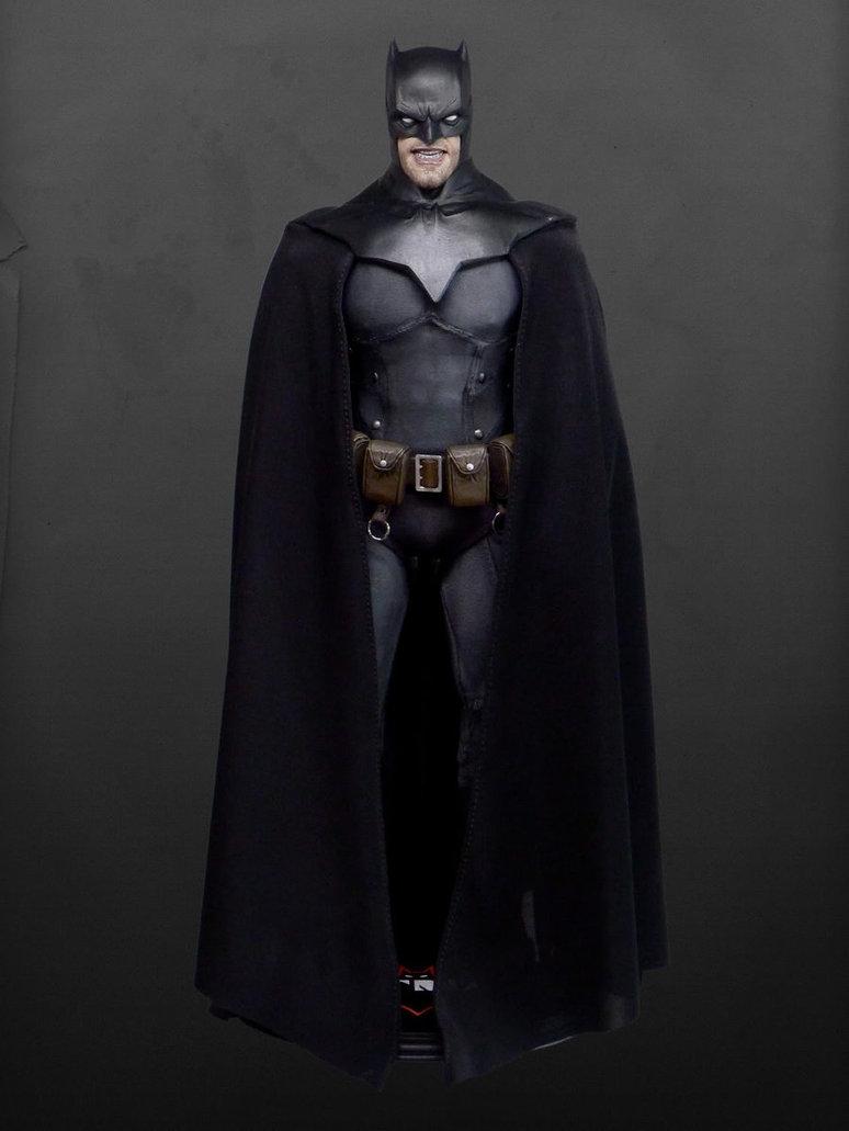 http://filmjunkee.com/wp-content/uploads/2013/10/batman_noel_1_6th_scale_figure_by_rocco_by_roccosculptor-d5io46l.jpg